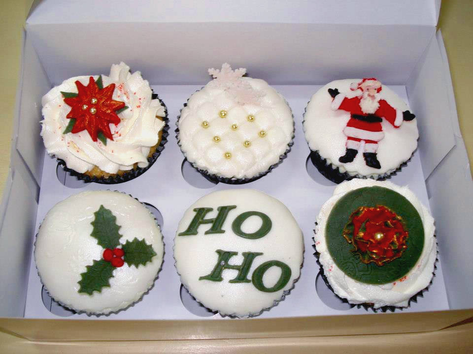 Decorated Christmas Cupcakes completed at a themed class