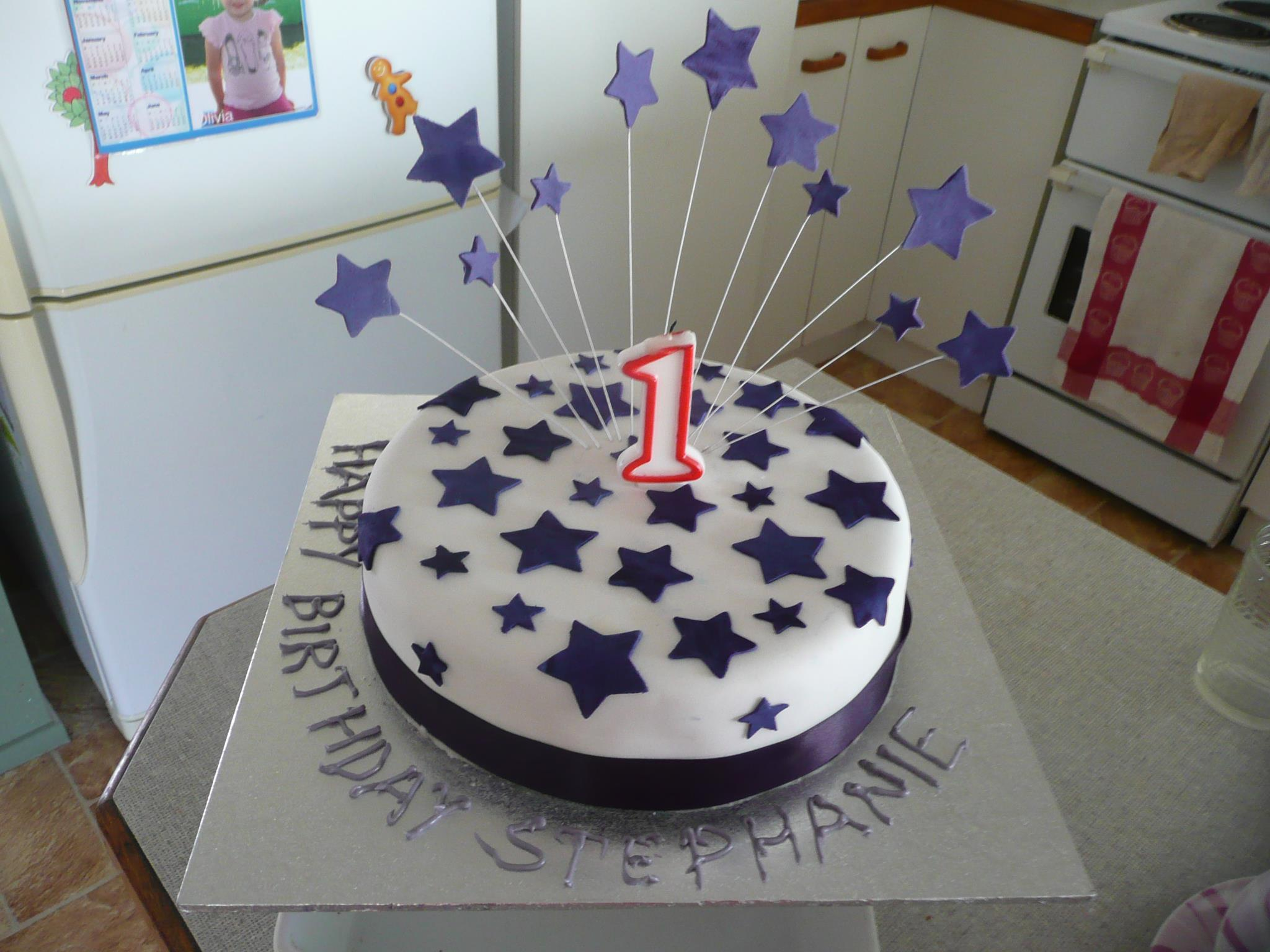 Lee-Anne's 1st Birthday Star Cake