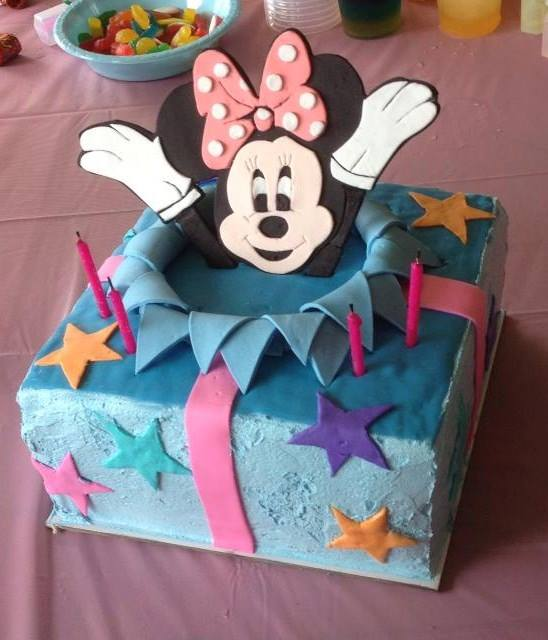Tanya's Minnie Mouse Cake